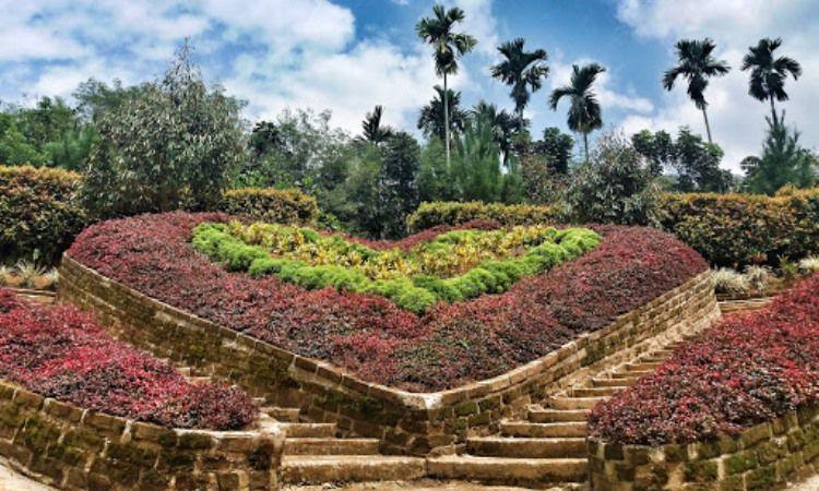 Daya Tarik The Le Hu Garden