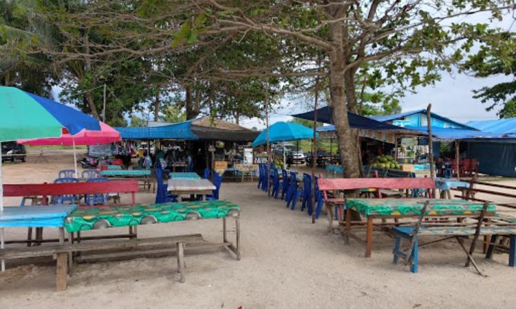 Fasilitas Pantai Tanjung Tinggi