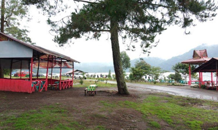 Fasilitas di Danau Lau Kawar Karo