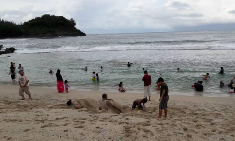 Kegiatan Dilakukan di Pantai Lhoknga