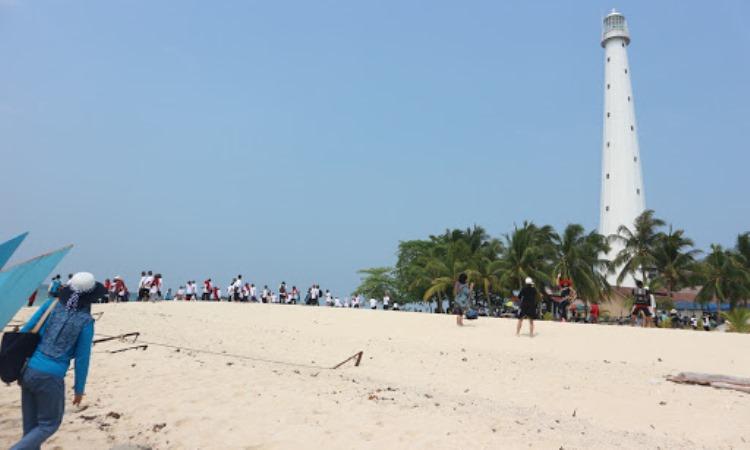 Kegiatan Dilakukan di Pulau Lengkuas