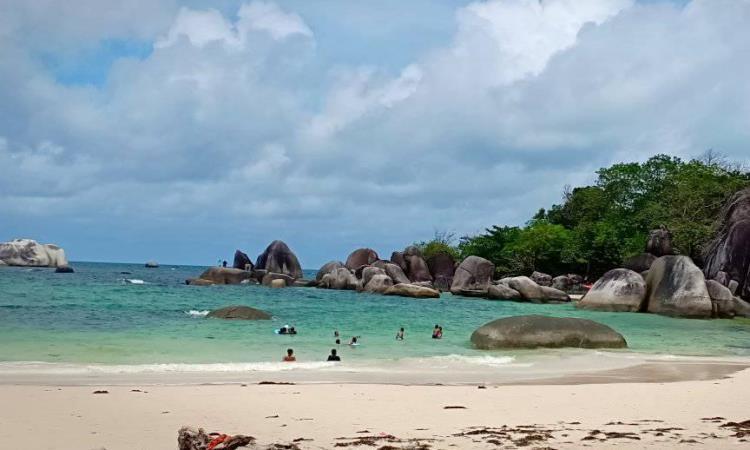Kegiatan Menarik di Pantai Tanjung Tinggi