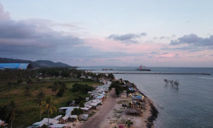Pantai Sebalang, Tempat Santai Menikmati Panorama Sunset di Lampung Selatan