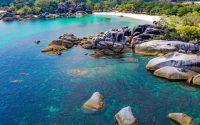 Pantai Tanjung Tinggi, Objek Wisata Pantai yang Menawan di Belitung