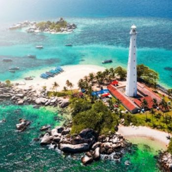 Pulau Lengkuas, Pulau Unik Nan Eksotis di Belitung