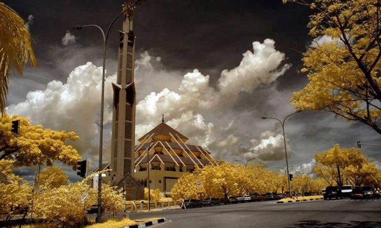 Alamat Masjid Raya