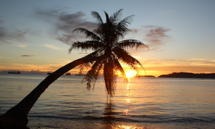 Daya Tarik Dimiliki Pantai Nirwana