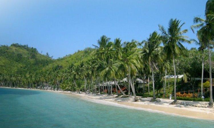 Daya Tarik Pulau Sikuai
