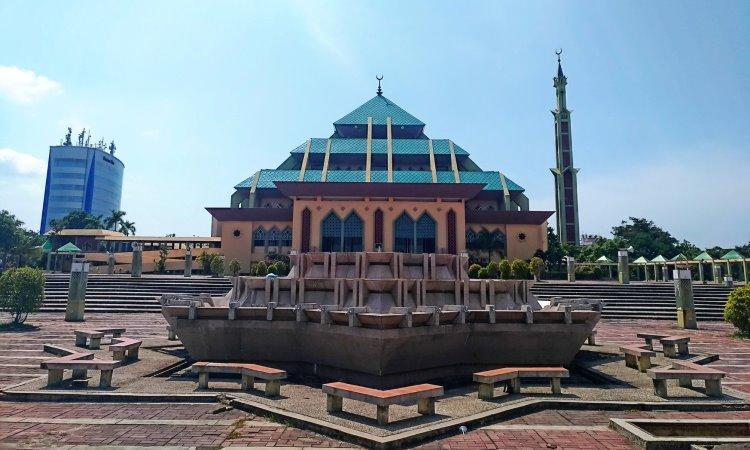 Fasilitas di Masjid Raya Batam