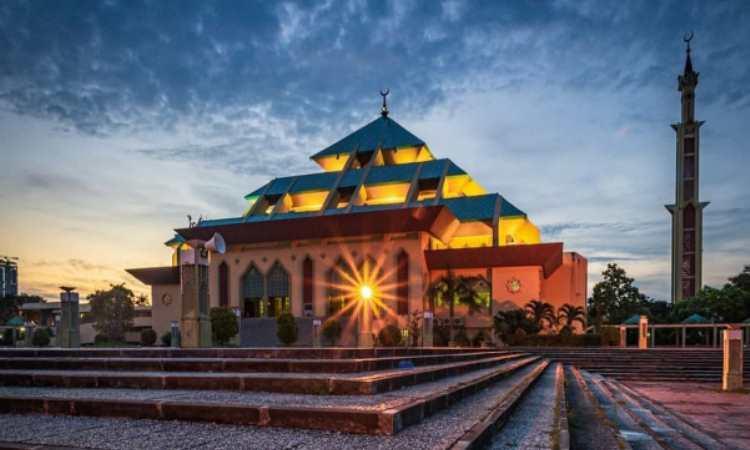 Keunikan Masjid Raya Batam