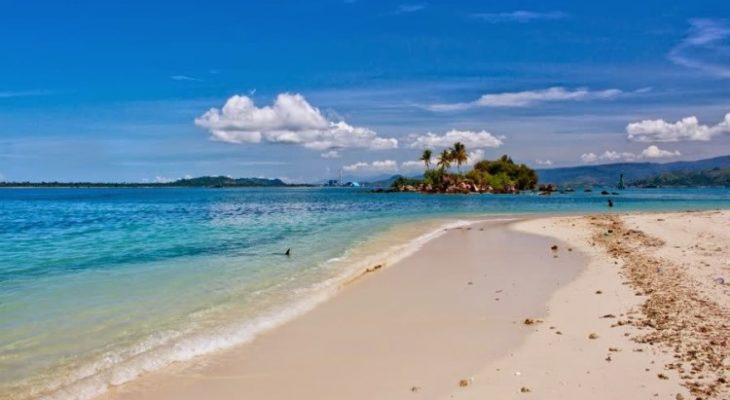 Pantai Pandan, Pantai Pasir Putih yang Indah di Tapanuli Tengah