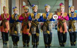 6 Pakaian Adat Tradisional Aceh untuk Pria & Wanita