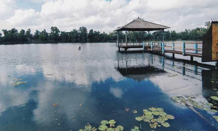 Danau Bekri
