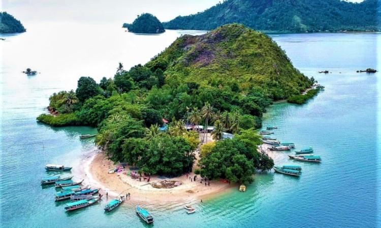 Fasilitas di Pulau Mandeh