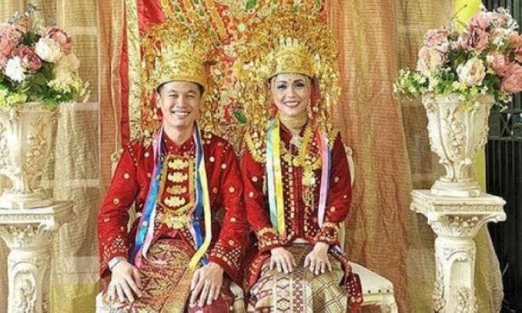 Pakaian di Bengkulu Selatan