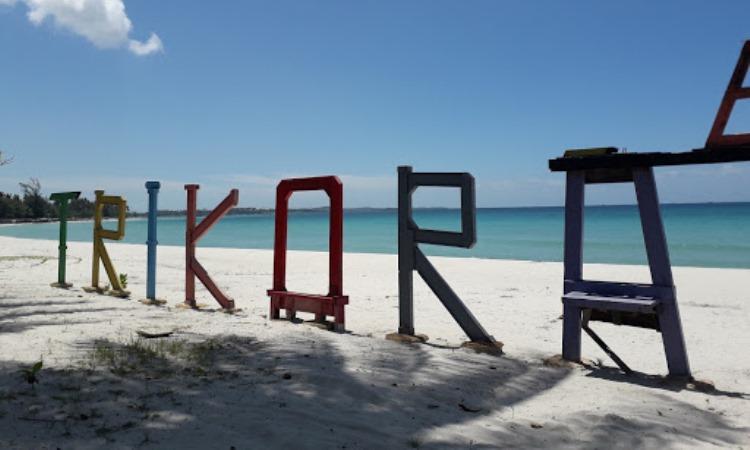 Alamat Pantai Trikora