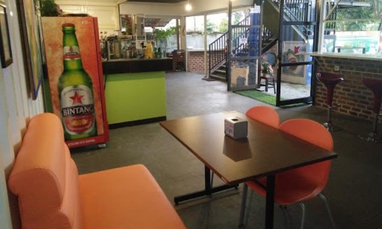 Cubic Cafe