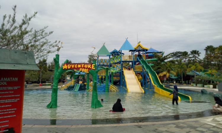 Daya Tarik Labersa Water Park 2