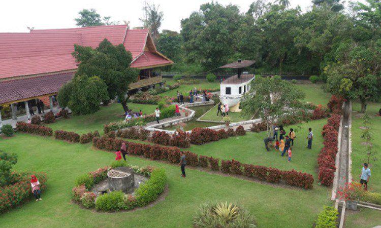 Desain Megah Istana Siak Sri Indrapura
