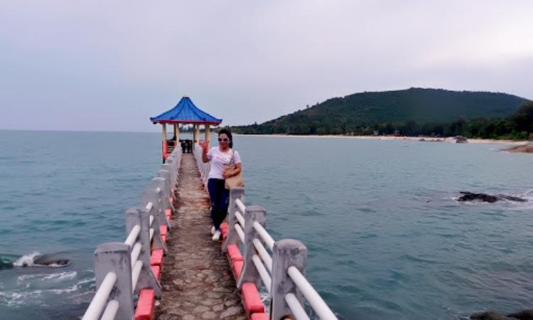 Kegiatan Menarik di Pantai Tanjung Pesona