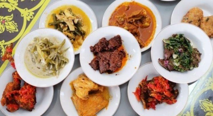 20 Makanan Khas Padang yang Unik dan Terkenal Lezat