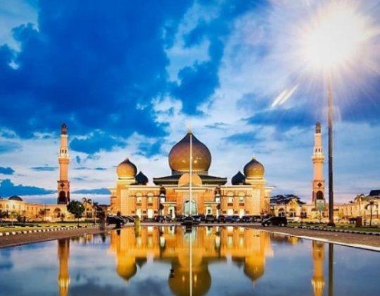 Masjid Agung An-Nur, Masjid Unik & Megah Mirip Taj Mahal di Pekanbaru