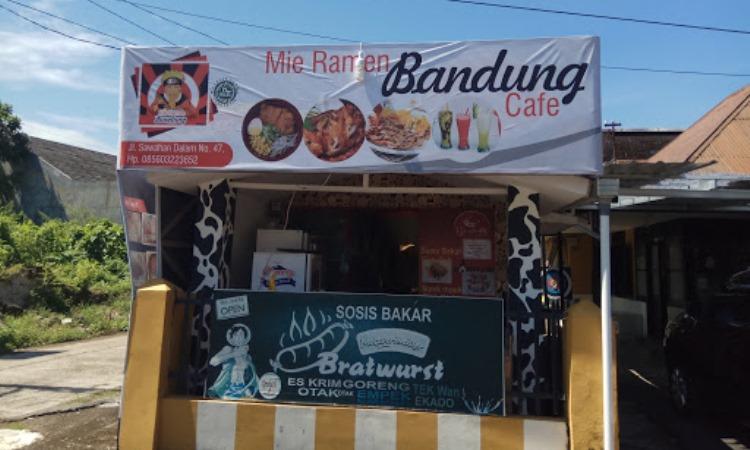 Mie Ramen Bandung Café
