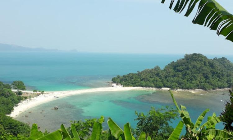 Daya Tarik Dimiliki Pulau Mengkudu
