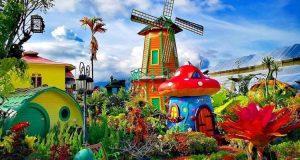 Green House Lezatta, Spot Foto Kekinian Berlatar Taman Bunga Cantik di Agam
