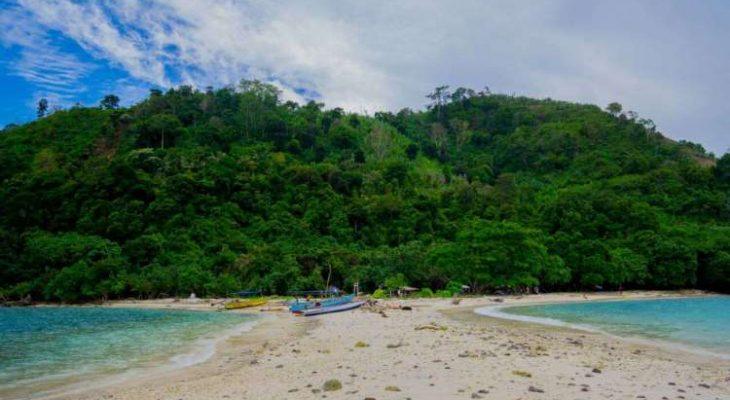 Pesona Pulau Mengkudu, Surga Bahari Tersembunyi di Lampung Selatan